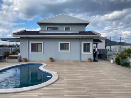 Villa Luxury 5 Bedroom Villa For Sale In Archers